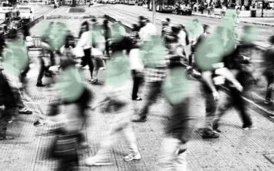 Over polarisatie en de stille kracht van het midden